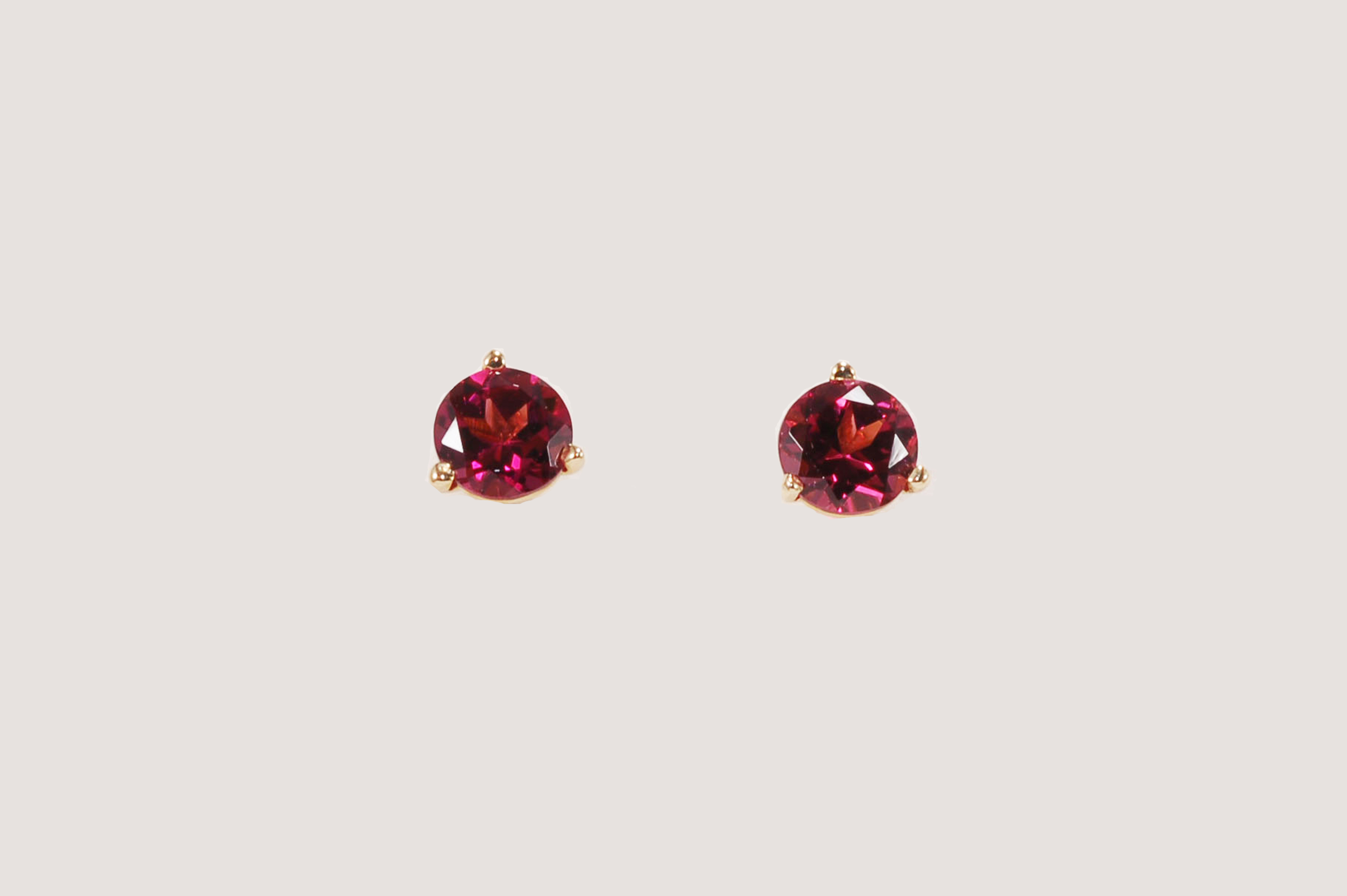 white pear stud garnet gold p earrings rhodolite